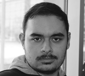Tiago de Oliveira, second year broadcast journalist at Durham College and genuinely upset with Apple.