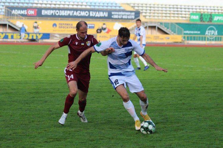 Fadi Salback tussling with a defender from FC Uzhhorod in a game Oct. 11