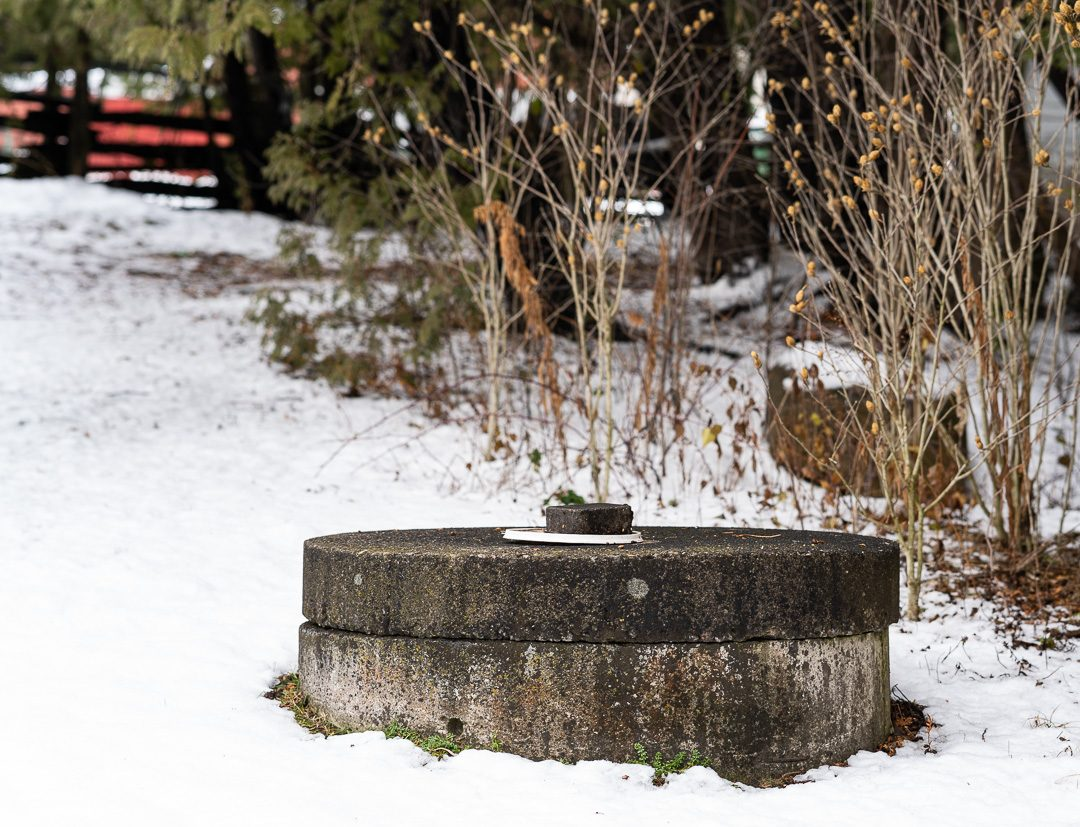 North Oshawa residents rely on wells for water. Soil contamination from fill sites near watersheds and the moraines aquifers is a concern for rural residents.