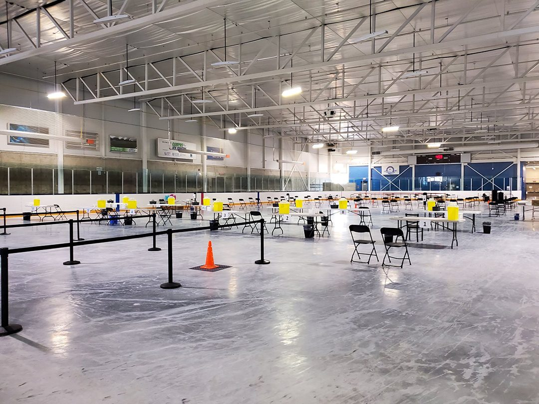 The Campus Ice Centre in Oshawa being set up for mass vaccinations from @Colleen_Wilk