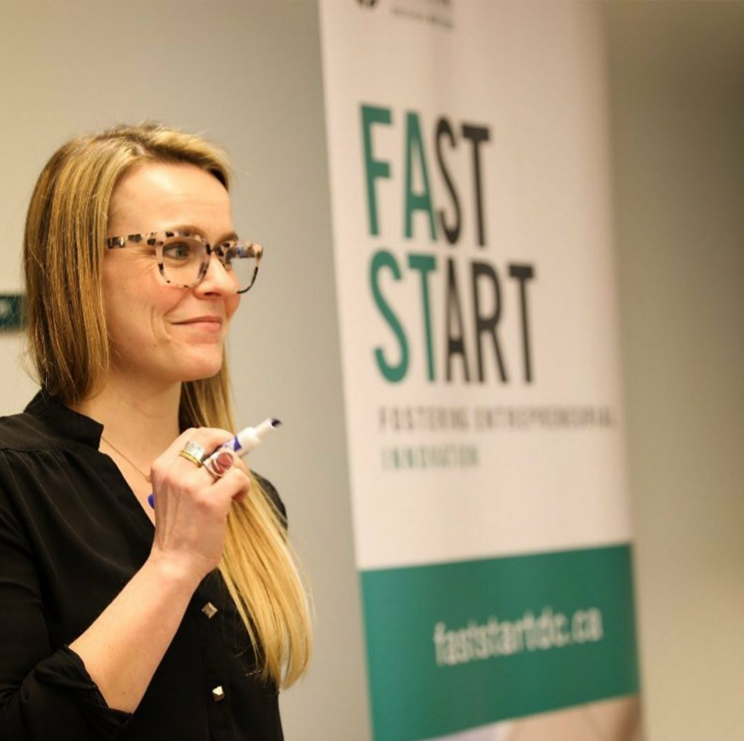 FastStart manager, Lindsey Irwin coaching